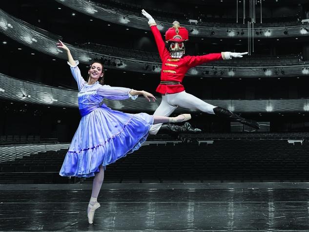 Texas-Ballet-Theater-presents-The-Nutcracker_084147