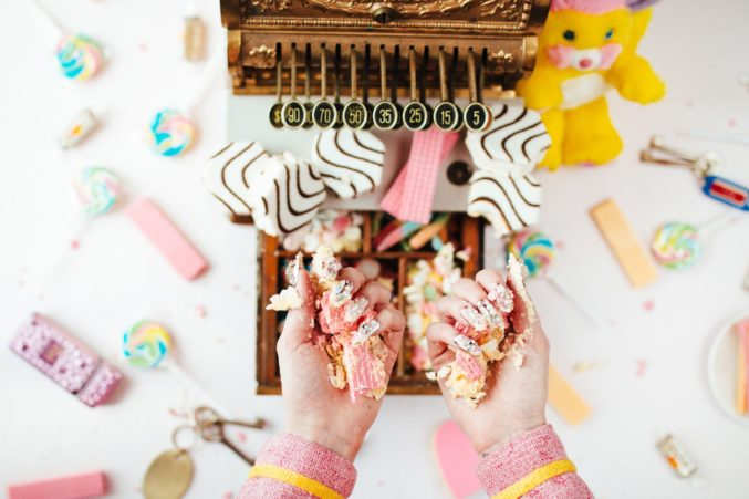 SWEETTOOTH-Photo-Chelsea-Delzell_preview-677x451