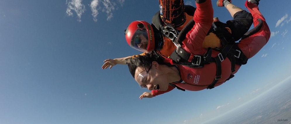 skydive-tandem-slider2